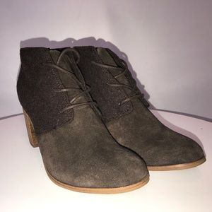 NWT Toms Brown Wool/Suede Heeled Bootie - 7